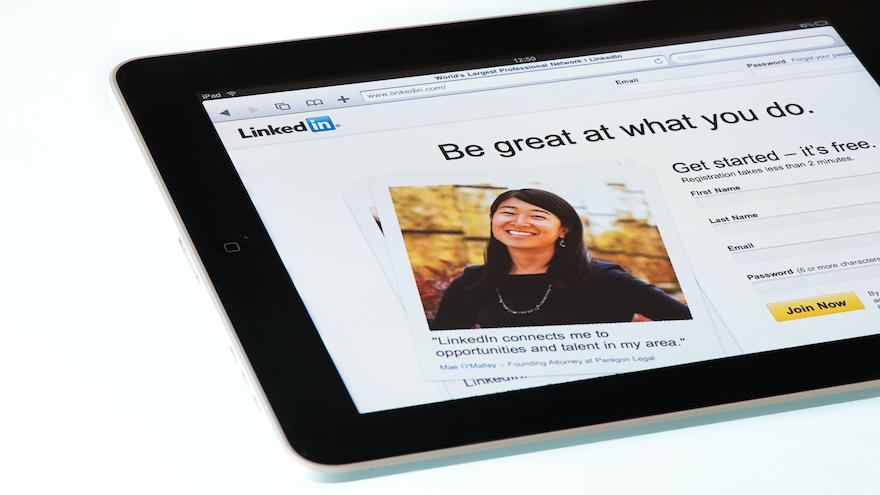 LinkedIn Headline Examples for Salespeople