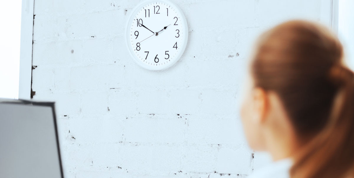 How To Make Time Go By Faster At Work When Youre Dragging